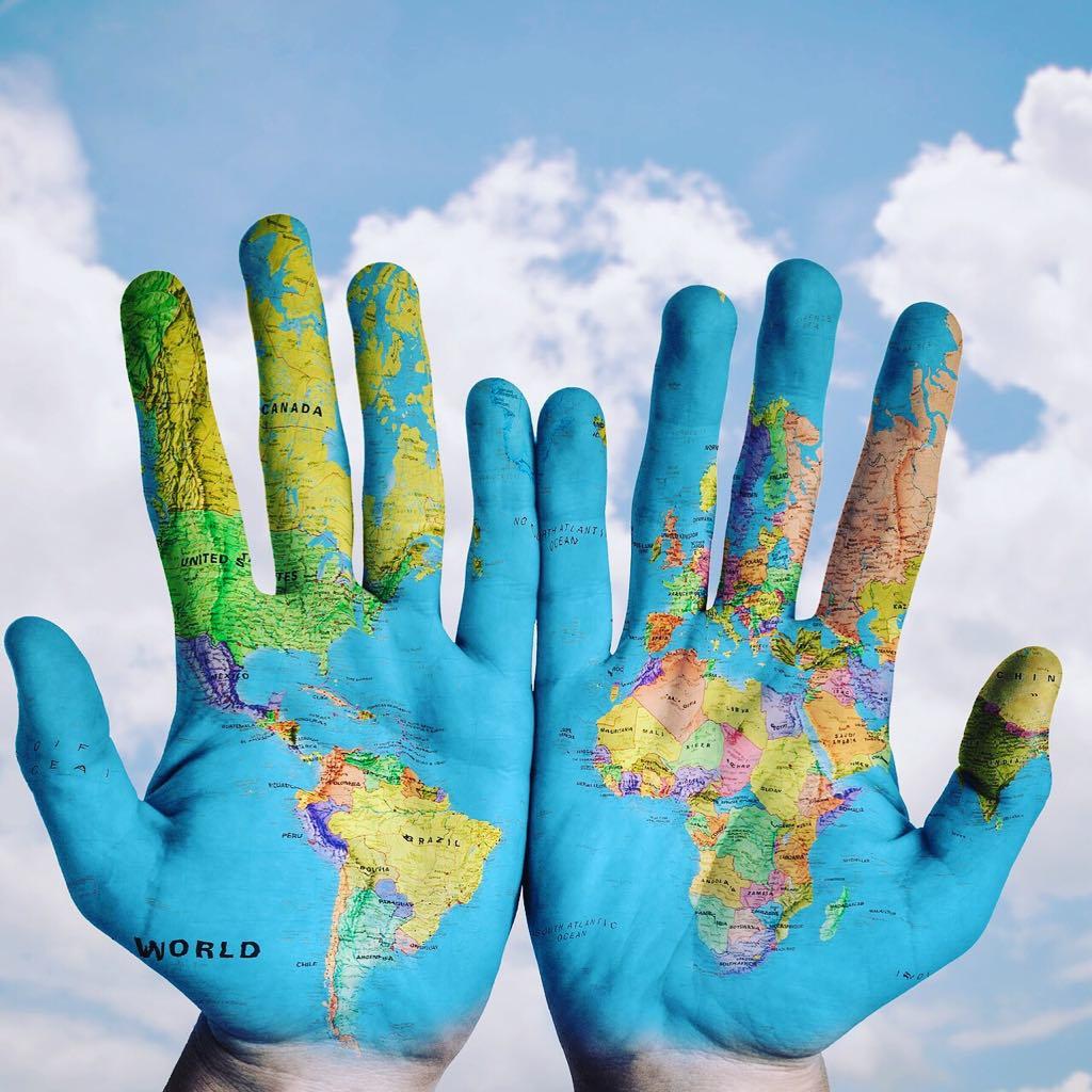 monde-mains